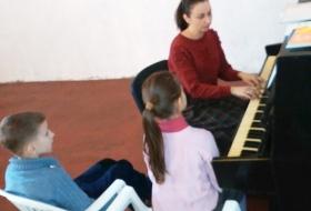 Детские занятия по церковному пению Киев. Детское хоровое пение, музыкальная терапия